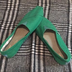 Bright Green TOMS